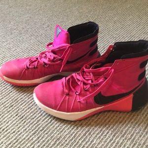 Nike basketball shoes. Hyperdunk 2015. Men's 9.5.